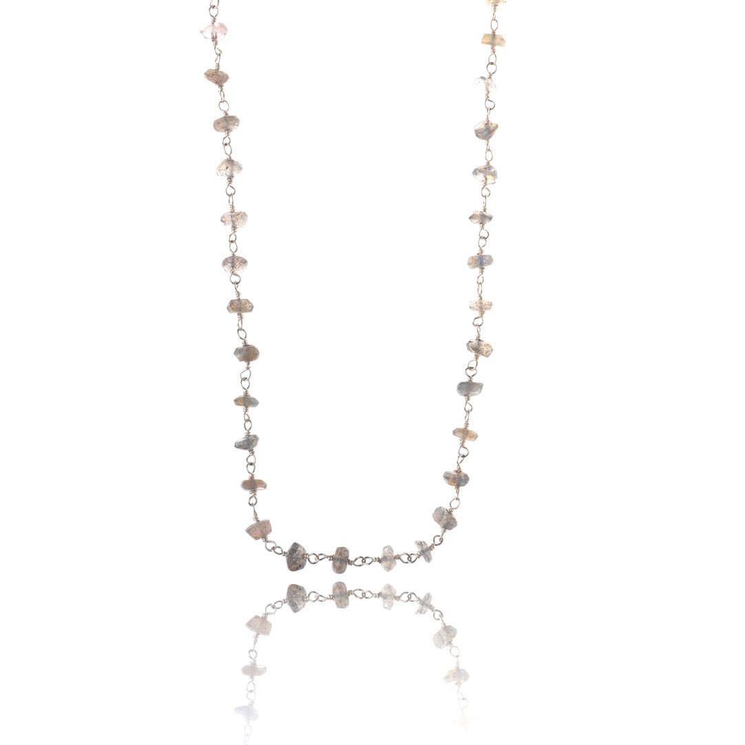 Håndlavet halskæde med labradorit, 120 cm, sølv