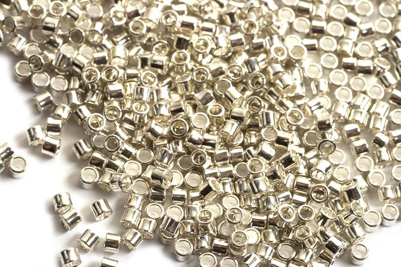 Seed beads, 1,5x1 mm, 11/0, sølvfarvet, ca. 3 gram