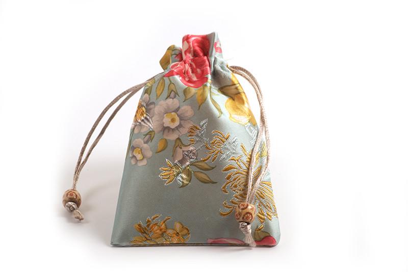 Smykkepose, silke, ca. 14x10 cm, lyseblå, 1 stk.