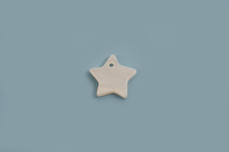 Shell pearls, stjerne, ca.10x2 mm, hvid, 6 stk.
