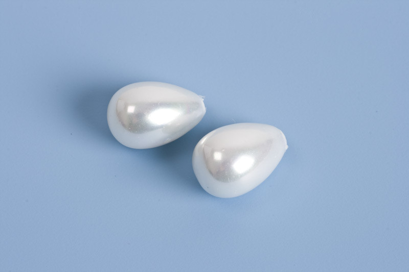 Anboret shell pearl, hvid, 9x6 mm, 2 stk.