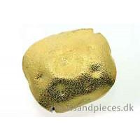 Perle, firkant, hamret, ca. 25x27x13 mm, forgyldt 925s, 1 stk.