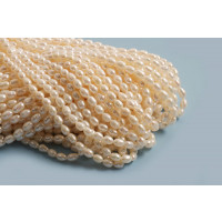 Ferskvandsperler, rice, hvid, ca. 5-7 mm, 1 streng
